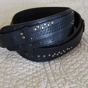 Cole Haan double layered black leather belt, small